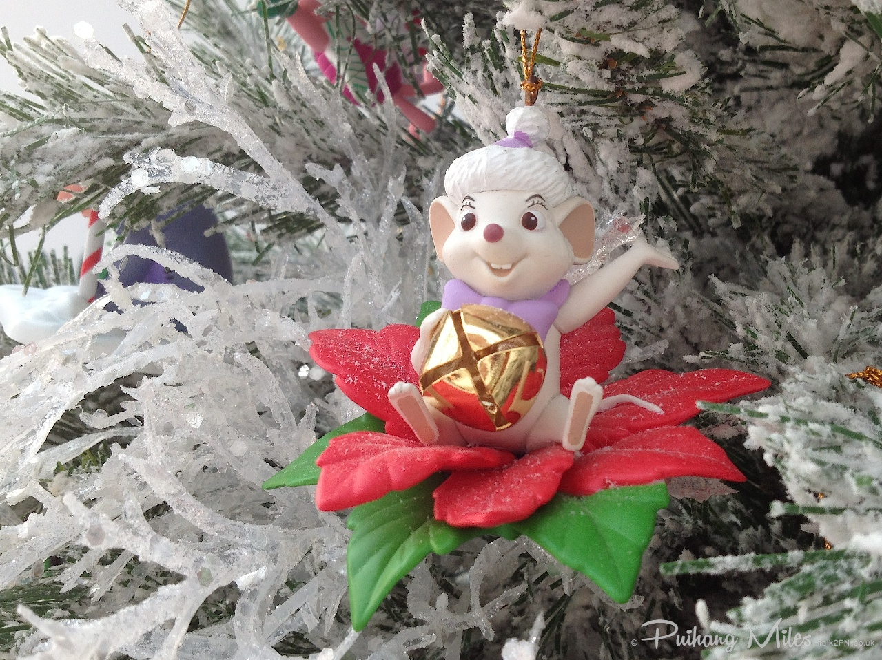 Read more about the article Grolier Disney Ornaments